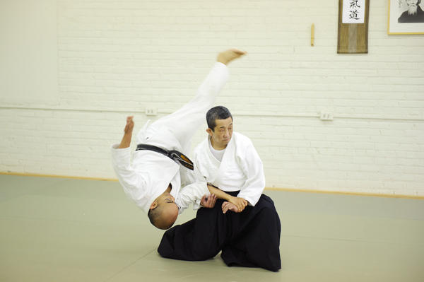 Kawabe Shihan demonstrating a technique.